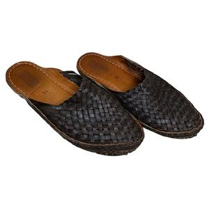 Mohinders Black Woven Leather Slides - 10